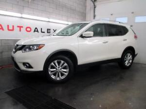 2015 Nissan Rogue SV AWD TOIT PANOR CAMERA BLANC PERLE *50$/SEM*