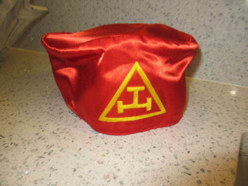 Royal Arch Masons Soft Cap - Red with White Emblem