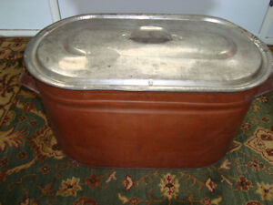 GREAT VINTAGE COPPER WATER BOILER WITH ORIGINAL LID