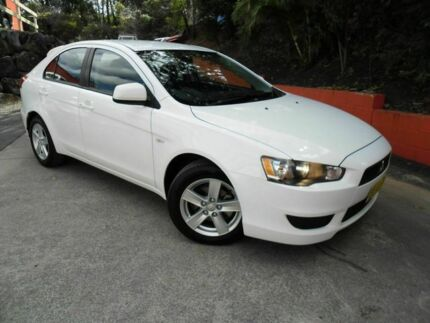 2013 Mitsubishi Lancer CJ MY14 ES Sportback White 6 Speed Constant Variable Hatchback Ashmore Gold Coast City Preview