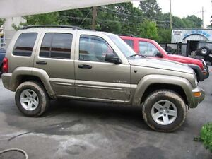 wanted i'm looking  for  old cheap  jeep liberty