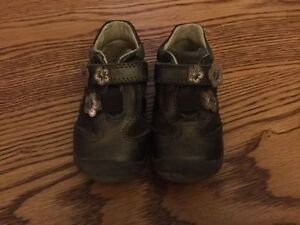Toddler Size 5 Beeco Shoes
