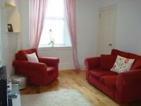 Ref 604 - spacious and tastefully decorated 1 bedroom flat available on Marionville Road