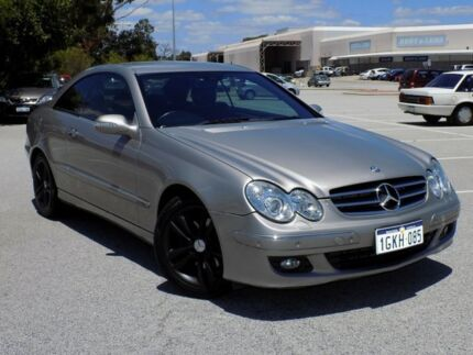 2006 Mercedes-Benz CLK280 C209 MY06 Avantgarde Gold 7 Speed Automatic Coupe