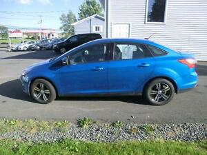 2013 Ford Focus SE One Owner 69067 KMS  fact warr. $95. BI-WKLY