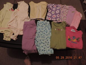 "Girl's 12-18months 10 Piece Carter's ""Lot"""