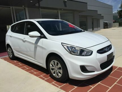 2017 Hyundai Accent RB4 MY17 Active White 6 Speed Constant Variable Hatchback Fyshwick South Canberra Preview