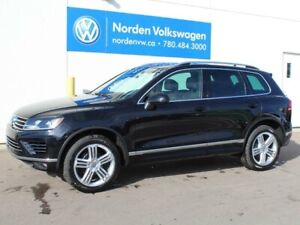 2017 Volkswagen Touareg Execline (CPO Rates as low as 0.9%!)