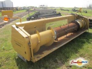 2002 CAT Precision Pickup Header (auger header only)