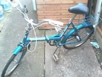 halfords folding bike with stand