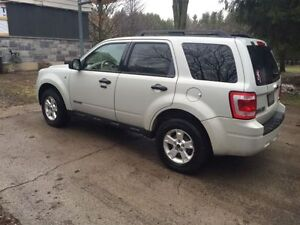 CERTIFIED AND E-TESTED 2008 Loaded Ford Escape AWD V6 (4x4)