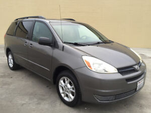 2004 Toyota Sienna LE---AWD--ONE OWNER-CLEAN CARPROOF