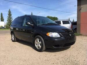 2006 Dodge Caravan SXT -NO CREDIT CHECKS! CALL 780 918 2696