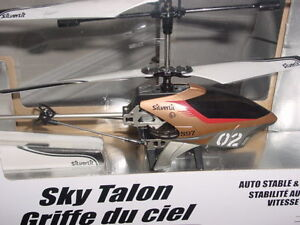 New in Box  Silverlit Sky Talon R/C Helicopter