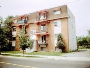 07/01 Beau 5 1/2 in Longueuil, $720/m