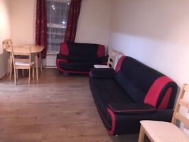 One bedroom flat - 2nd Floor Spacious Apartment Newly Refurbished available to let