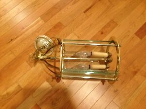 Brass entry light fixture in excellent condition London Ontario image 2