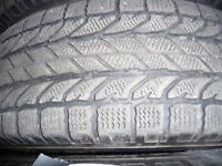 4 pneus d'hiver 225/70/16 BF Goodrich Winter slalom