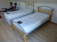 "2 Single beds ""Perfect condition"""