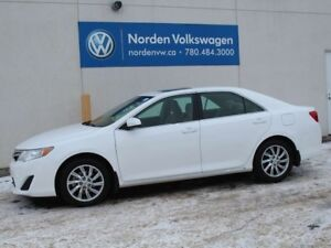 2014 Toyota Camry LE - LOW KM'S / SUNROOF / REAR-VIEW CAMERA / C