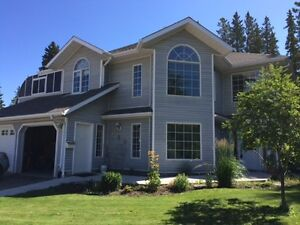 Executive Home in Hinton for Rent