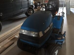 New Holland Ford Twin