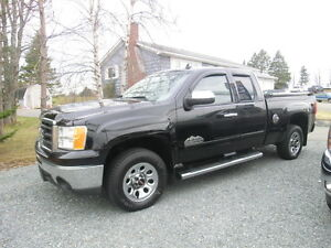 2012 GMC Sierra Ext Cab 4x4 SL Nevada Edition 1 Owner Low Kms.
