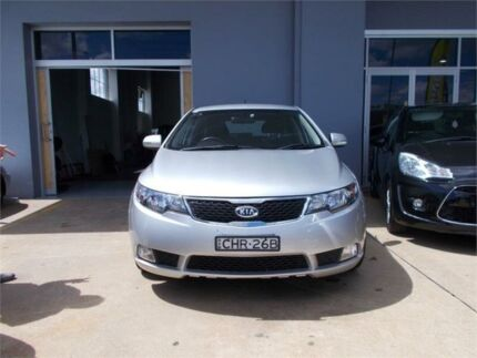 2012 Kia Cerato TD MY12 Extra L.E Silver 6 Speed Automatic Hatchback Fyshwick South Canberra Preview