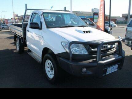 2010 Toyota Hilux 4X4 SR 3.0L T DIESEL MANUAL SINGLE CAB C/C White Manual Devonport Devonport Area Preview
