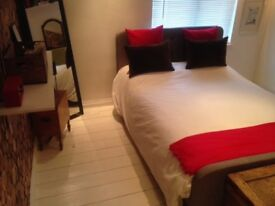 LOVELY DOUBLE RM IN SHARED HOME, GL4, close to M5, suit professional MON TO FRI ONLY SHORT LET POSS