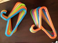 25 Colourful Plastic Hangers Clothes