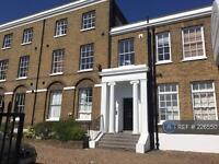 2 bedroom flat in Acre Lane, London, SW2 (2 bed)
