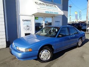 1994 Oldsmobile Cutlass Supreme SL Leather, Power Seat, Extra Cl