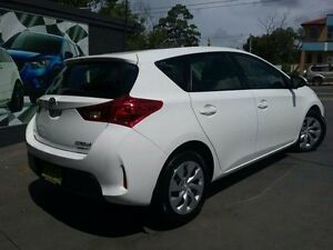 2014 Toyota Corolla ZRE182R Ascent White 7 Speed CVT Auto Sequential Hatchback Greenacre Bankstown Area Preview