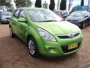 2011 Hyundai i20 PB Premium Hatchback 5dr Auto 4sp 1.6i [MY11] Green undefined Minchinbury Blacktown Area Preview