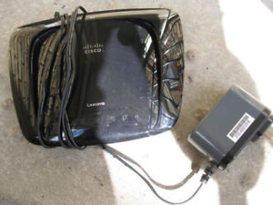 Linksys Cisco wifi    N - router or best offer  xxx