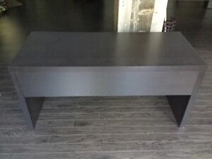 Ikea desk buy or sell desks in ottawa kijiji classifieds