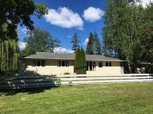 Wonderful 3Bdrm Country Rancher on 8+Acres, Little Fort