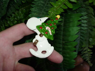 Vintage Determined - flat ceramic SNOOPY WITH TREE  - Christmas ORNAMENT