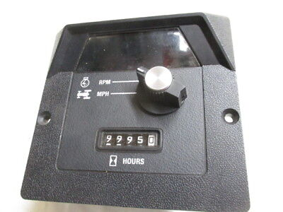 International Harvester Digital Tach Reman R121872c1