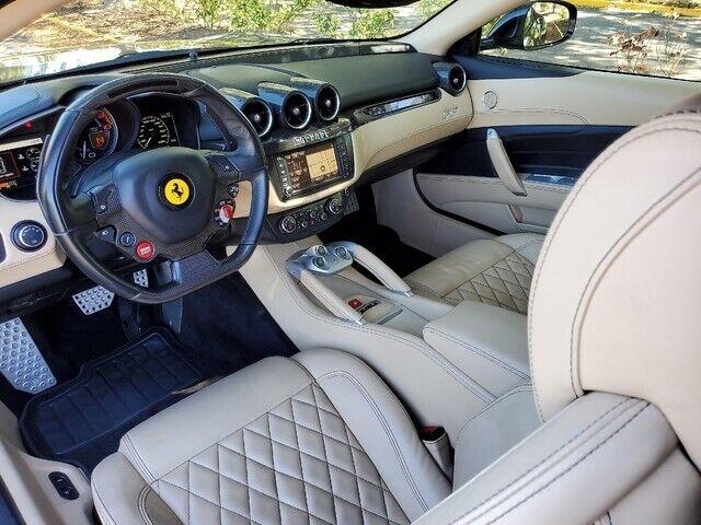 Image 2 Voiture Européenne d'occasion Ferrari FF 2013