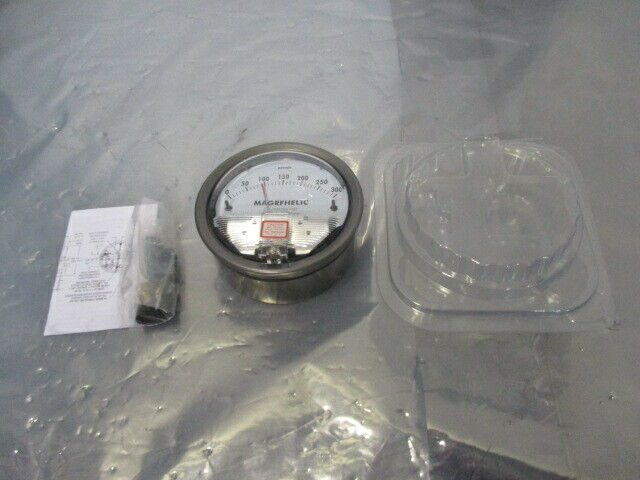 Magrfhelic 1403T12299 Differential Pressure Gage, 451462