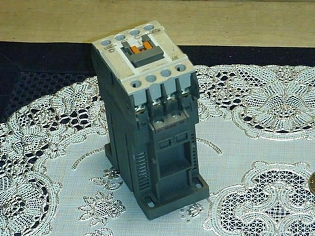 Metasol LS Control Relay Contactor MR4 With A1 DC24V A2 Coil, Used!