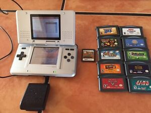 Nintendo DS with 11 games  text only