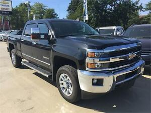 2015 Chevy Silverado 3500HD LTZ Diesel (Only 46,000 kms) Black