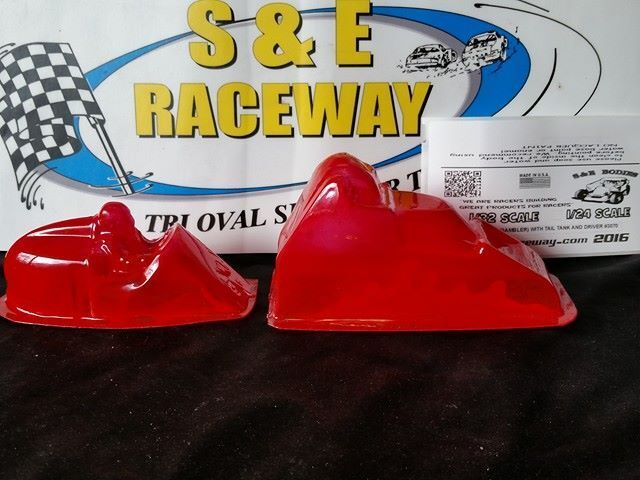 1/32 SPRINT CAR BODY (GAMBLER) WITH TAIL TANK AND DRIVER -CLEAR-NEW #3070