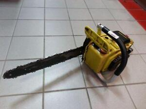 John Deere Chainsaw. We sell used tools. (#41147)