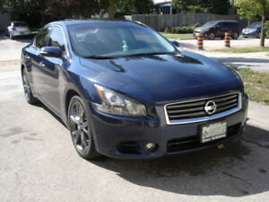 2013 Nissan Maxima SV Sedan with Sport Package & Navigation