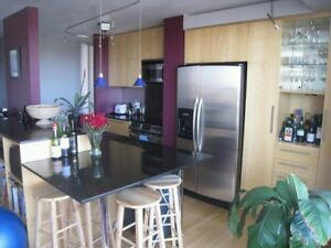 1 Bedroom – High Rise – University Area