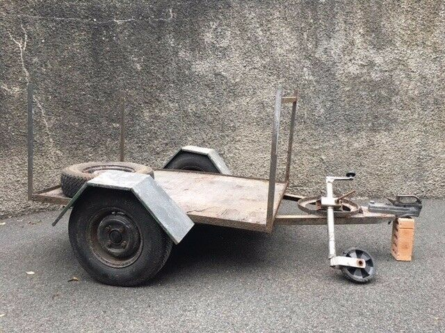 Trailer Small 4 Foot X 3 Foot Frame And Chasis In Killinchy